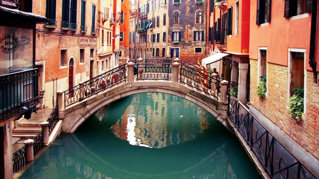 Venice-Bridge
