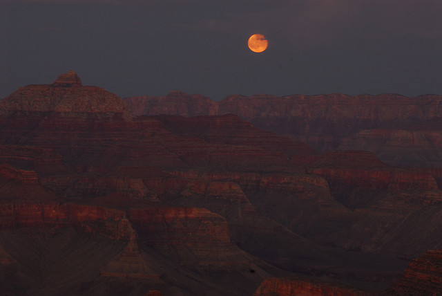 full moon grand canyon