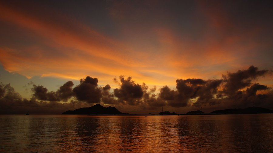 Photo credit: http://navvyblue.deviantart.com/art/Sunrise-in-Seychelles-333139591