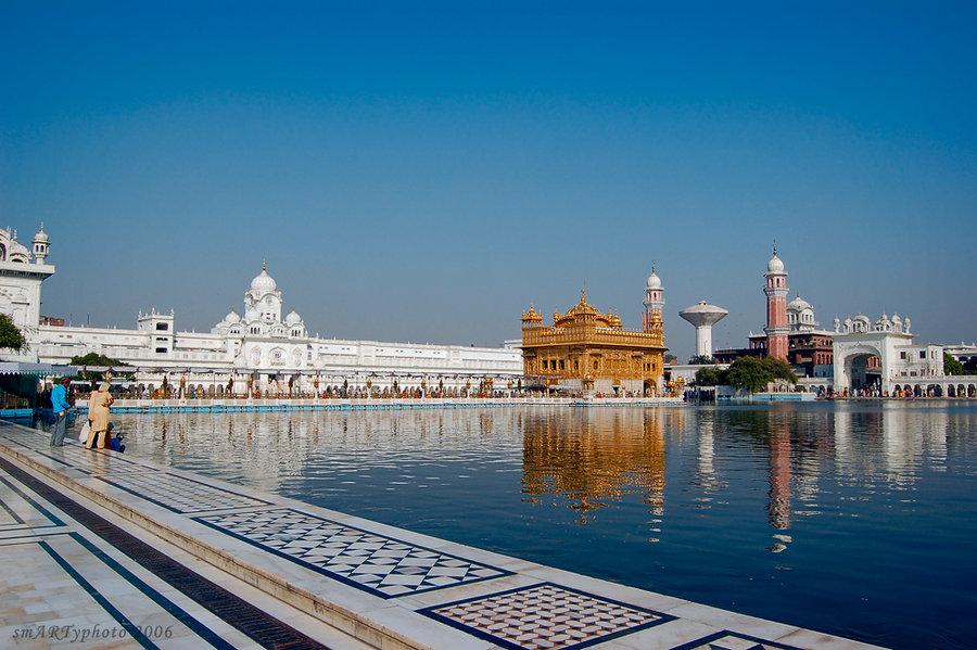 golden_tempel_amritsar_by_smartyphoto-d5ejb57