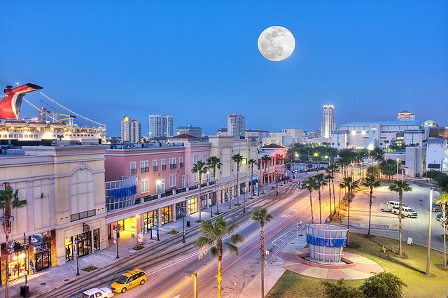 channelside full moon