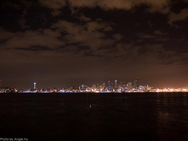 alki beach at night
