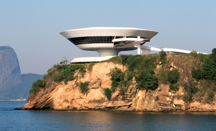Niteroi-Contemporary-Art-Museum